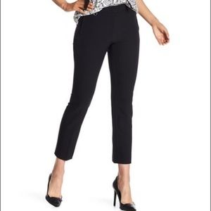 NWT Adrianna Papell – Stretch Fitted Pants